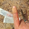 Cómo hacer un BandAid encajar correctamente en el dedo