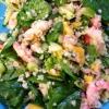 Cómo hacer una ensalada de gambas y espinacas con un toque asiático