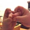 Cómo hacer una serpiente con los dedos