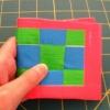 Cómo hacer un tejido a cuadros Ductape Monedero