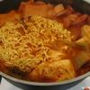 Cómo hacer Budaejjigae (picante coreana Stew)