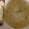 Cómo hacer sopa de coliflor con pan de ajo