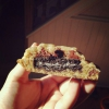 Cómo hacer galletas Oreo con trozos de chocolate Cookie Dough cubiertos