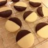 Cómo hacer galletas de mantequilla bañadas en chocolate