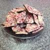 Cómo hacer fácil Peasy chocolate de menta Bark!