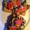 ¿Cómo hacer huevos Desayuno Scramble en tostada