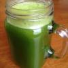 Cómo hacer jugo verde en una licuadora