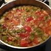 Cómo hacer sopa hecha en casa calurosa