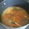 Cómo hacer sopa de pollo hecha en casa