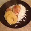 Cómo hacer piña Oolong pollo en una cama de arroz