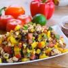 Cómo hacer Smokin 'Chipotle Negro Bean & Chicken Salad