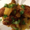 Cómo hacer picante Pollo indio-Dry con las patatas