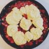 Cómo hacer Strawberry Shortcake Skillet Cobbler