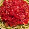 Cómo hacer tomate albahaca Zoodles
