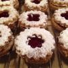 Cómo hacer tradicional austriaca Jam cookies