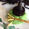 Cómo hacer Wicked Witch derretidos invitaciones de Halloween