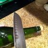 Cómo abrir una botella de champán con un cuchillo