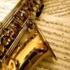 Cómo reproducir un concierto bemol mayor escala en una Sax Alto