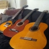 Cómo jugar algunos acordes simples de Guitarra (Principiante)