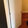Cómo prevenir una puerta se mueva, por cuenta propia