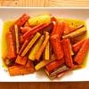Cómo asar Rainbow Zanahorias por un Plato de acompañamiento o un aperitivo