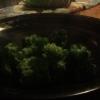 Cómo vapor Brócoli Dentro de una toalla de papel