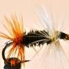 Cómo atar un renegado de la mosca de la pesca con mosca