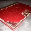 Cómo dar vuelta a un caso antiguo libro en Tablet