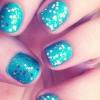 Cómo turquesa y Glitter Nails