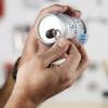 Cómo utilizar un Tab Aluminum Can como una imagen Percha