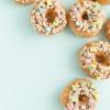 Tres maneras Charmin 'de decorar Donuts para el Día de San Patricio