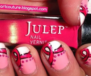 Cómo crear Breast Cancer Awareness Nails